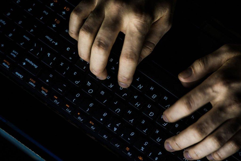 Bu Altcoin'de Gizemli Hack Saldırısı: 1,8 Milyon Dolar Boşaltıldı!