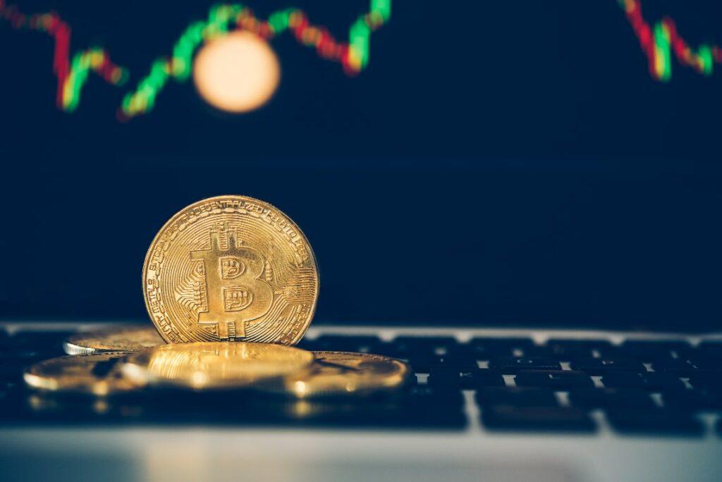 Milyarlık Bitcoin Opsiyonlarının Vadesi Bugün Doluyor! Neler Olabilir?