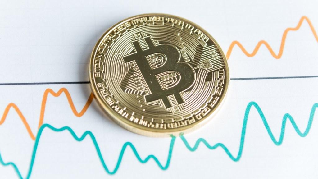 Bitcoin'de Neler Oluyor? Madenciler Satıyor, Balinalar...