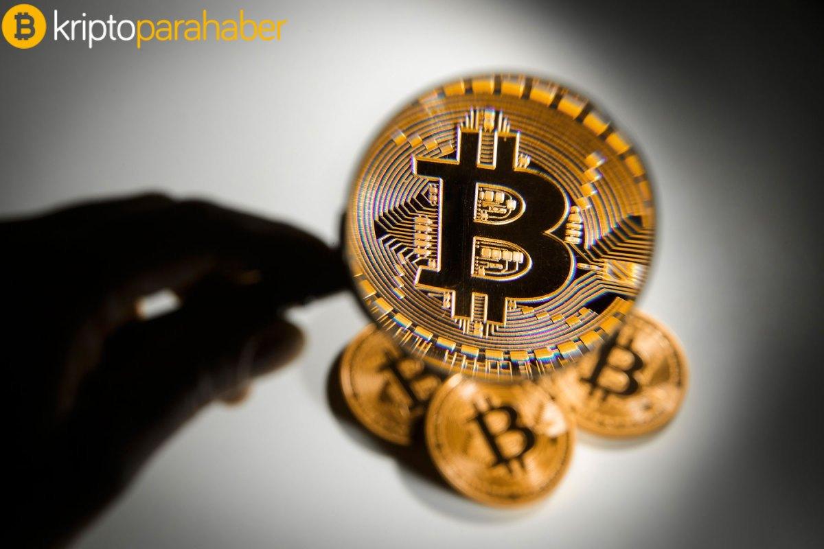 Topluluk hissi 44 gün sonra negatife döndü! Bitcoin fiyatı düşecek mi?