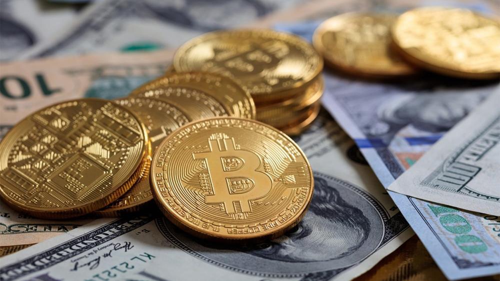 Weiss Ratings: биткоин все чаще будут использовать как средство накопления