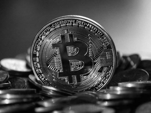 Зняття коштів на біржах OKCoin і Huobi відновиться