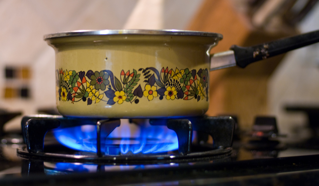kitchen stove gas grommet curtains well tended fires outperform modern cooking stoves low tech magazine