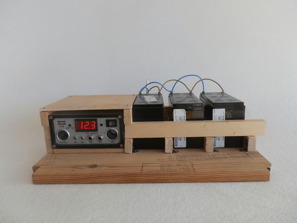hight resolution of solar charge controller 12v off grid apartment