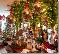 [Christmas decorations]