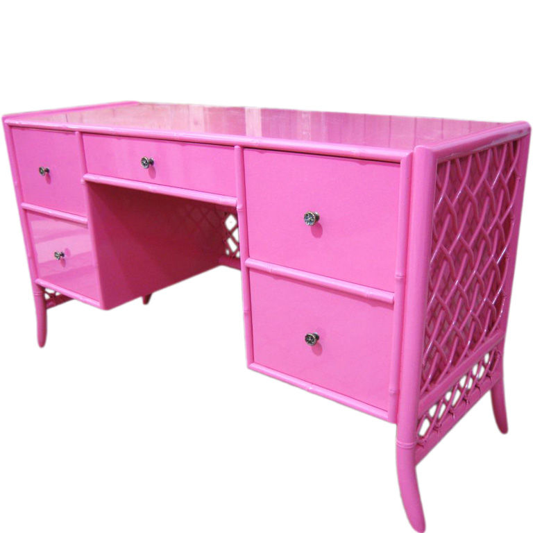 KRIS Likes The Very Pink of Perfection  Kristen Laird Design