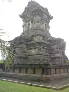Candi Kalasan, Candi Budha Tertua Penuh Relief Indah