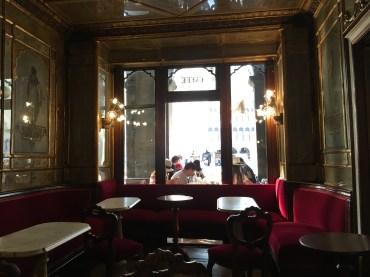 Cafe Florian : Inside