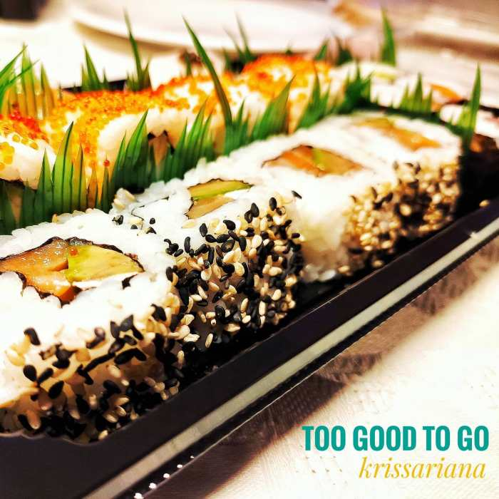 Enjoying #dinner from @toogoodtogo.es app. Thank you @sushi__artist  for all the wonderful #sushi ...#insta #instafood #instapic #picoftheday #magnificentshot #love #sexy #igers #igersbilbao #food #hungry #happy #delicious #instafoodie #restaurant #deliciousfood #urbanphotography #traditional #traditionalfood #fastfood #butter #familytime #childhood #children #home #foodiesofinstagram #foodie #foodporn