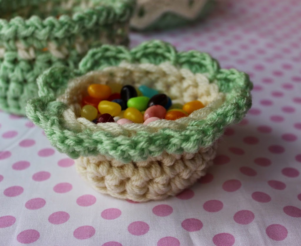 A Flower Basket Krissys Over The Mountain Crochet