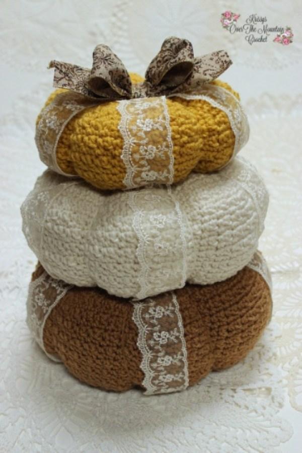 Textured Pumpkin Tower