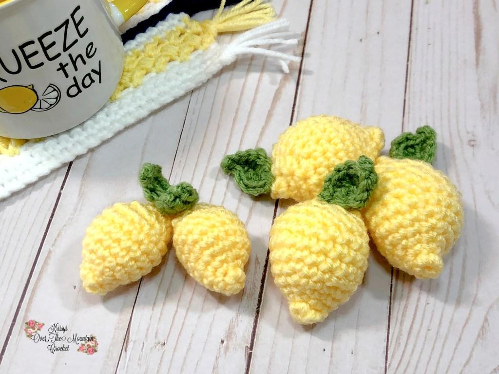 Lemon Farmhouse Decor wouldn't be complete without a few lemons.