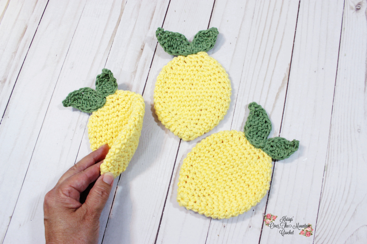 Two sided lemon dishcloth.
