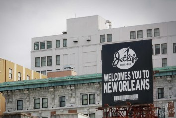 NOLA | Business District | JetLife Builboard