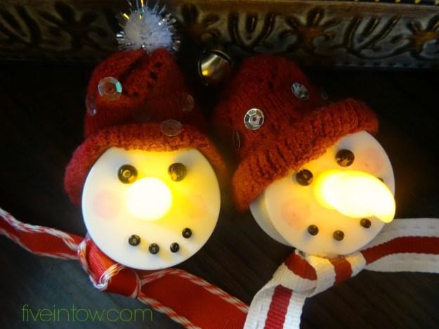 Votive snowmen