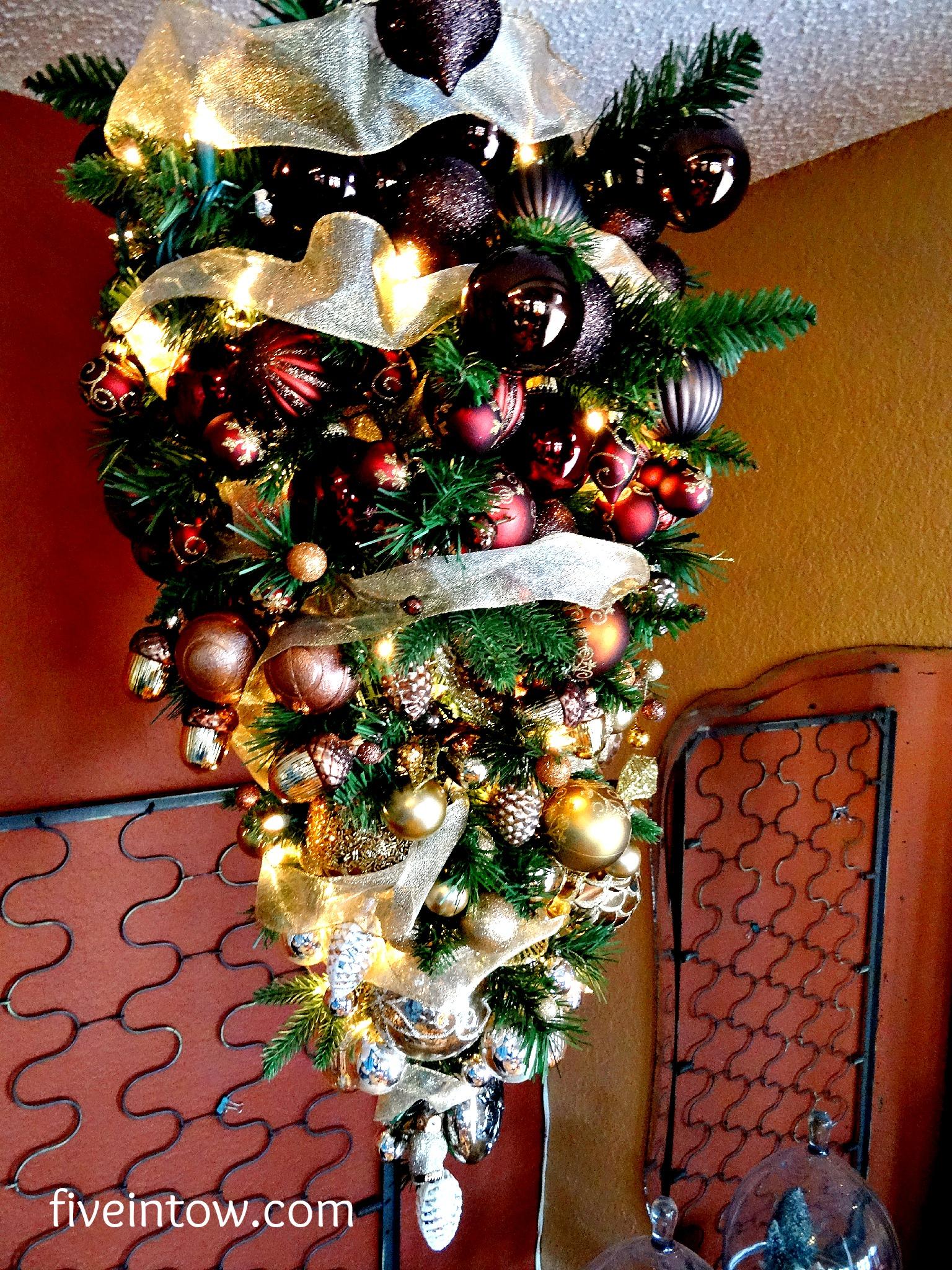 Simply Homemade: Inverted Christmas Tree - Kristen Anne Glover