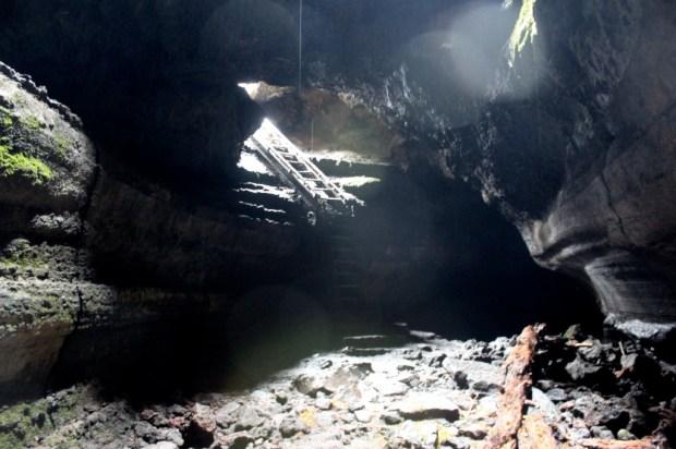 Ape Cave Exit