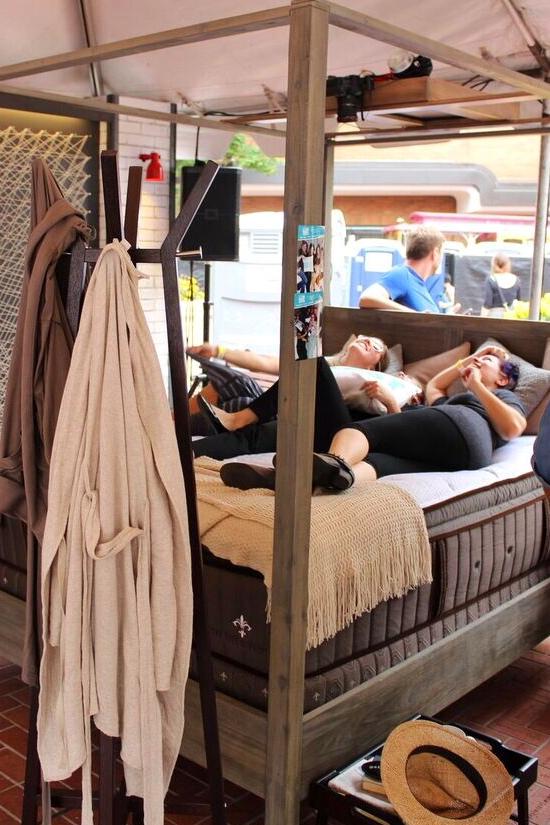 Brunch village bed cam