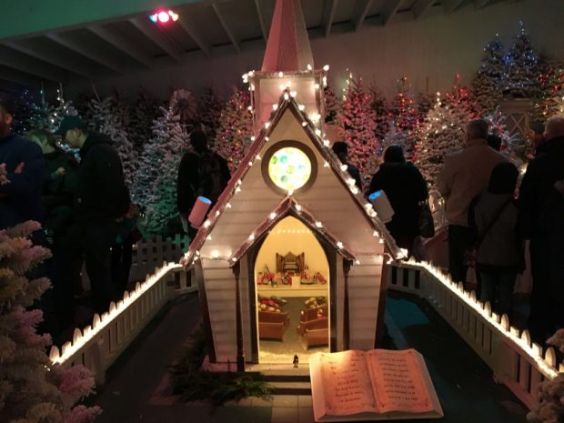 christmas-in-dairyville-church-storybook-lane