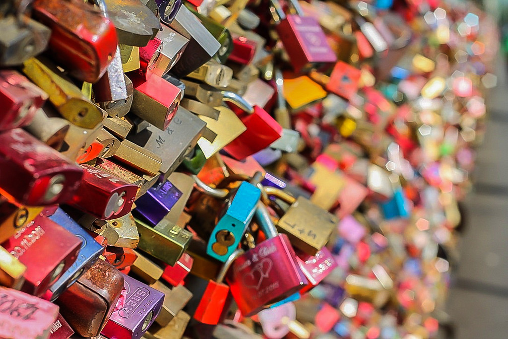 Love locks on Hohenzollern Bridge in Cologne, Germany