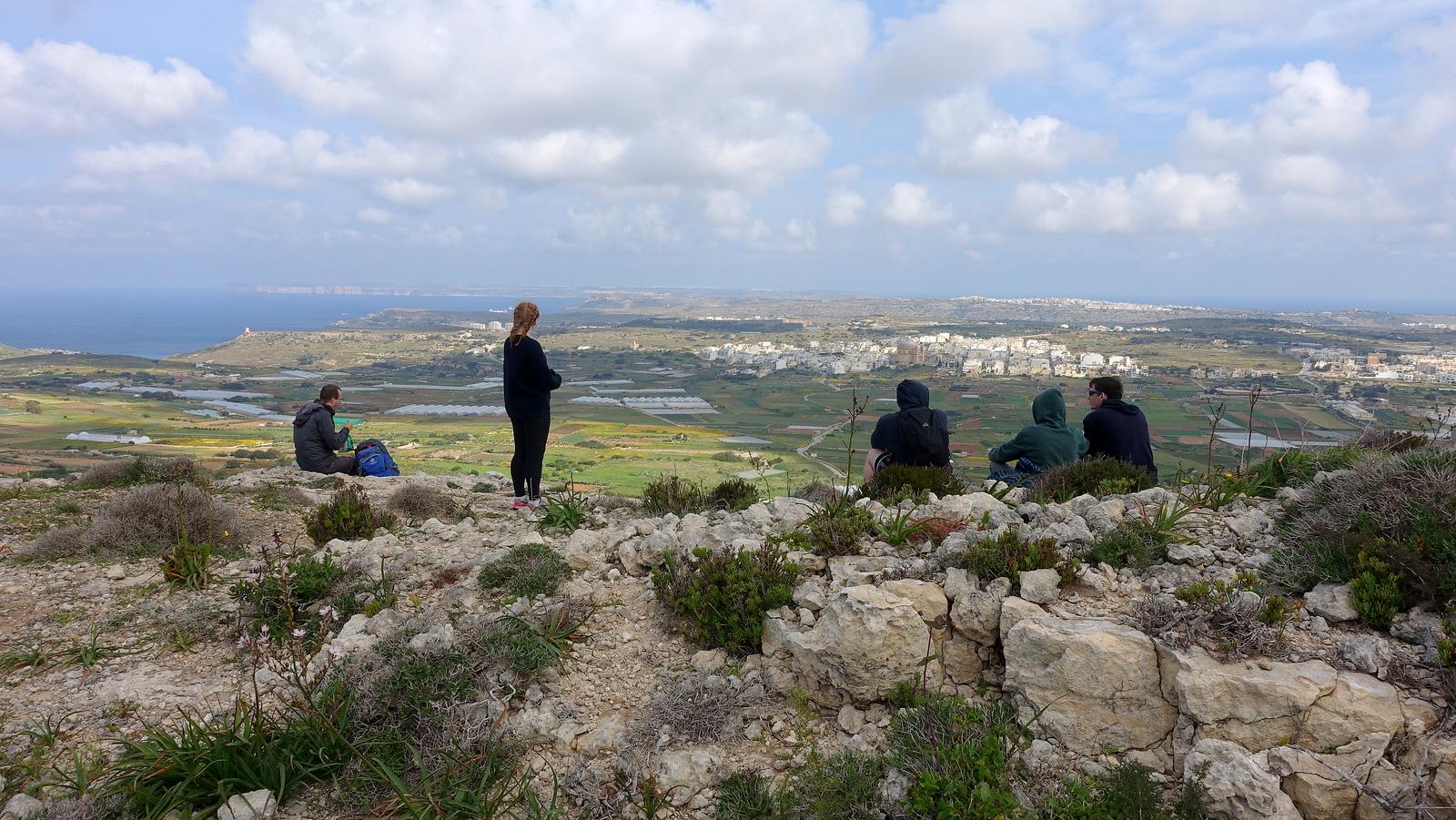 Malta Pictures - Victoria Lines Trek