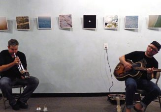 Duo with Ross Hammond at Gold Lion Arts, Sacramento (photo by Charles Smith)