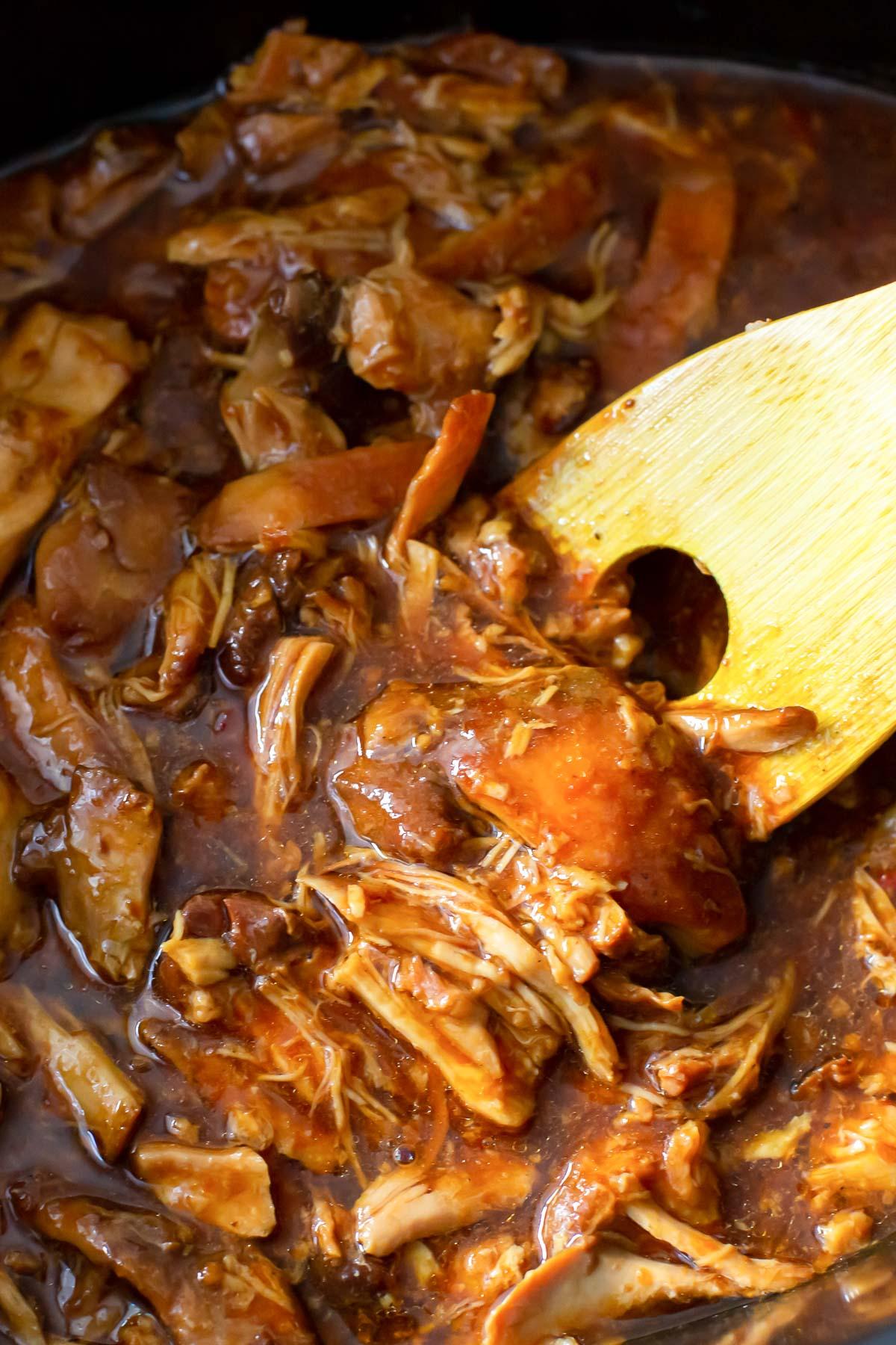 shredded chicken in honey sesame sauce in crockpot