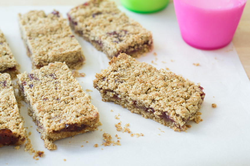 Whole Grain Fruit Bars- a healthy treat for your lunchbox | Kristine's Kitchen