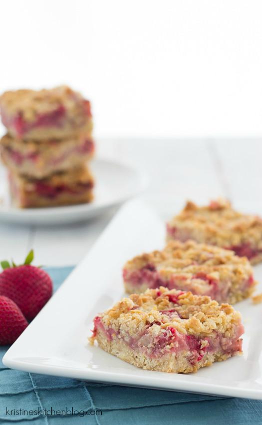 Strawberry Oat Crumb Bars, made with fresh strawberries! | Kristine's Kitchen