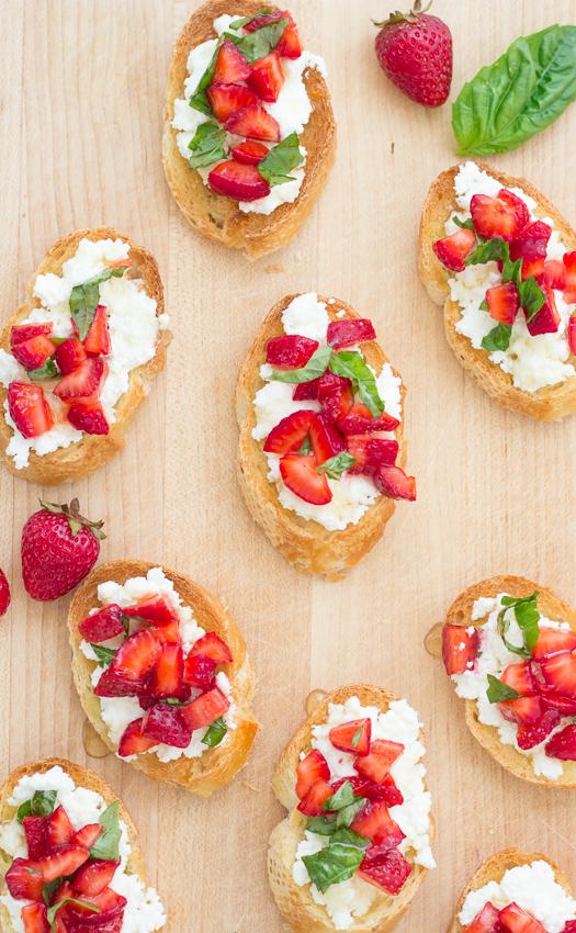Strawberry-Basil Bruschetta with Fresh Ricotta - a perfect appetizer for summer! | Kristine's Kitchen