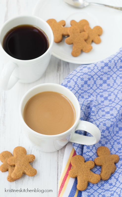 Two minutes are all you need to make this spiced Gingerbread Coffee.