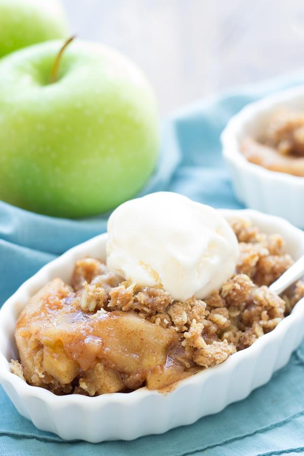 Slow Cooker Apple Crisp Kristine S Kitchen