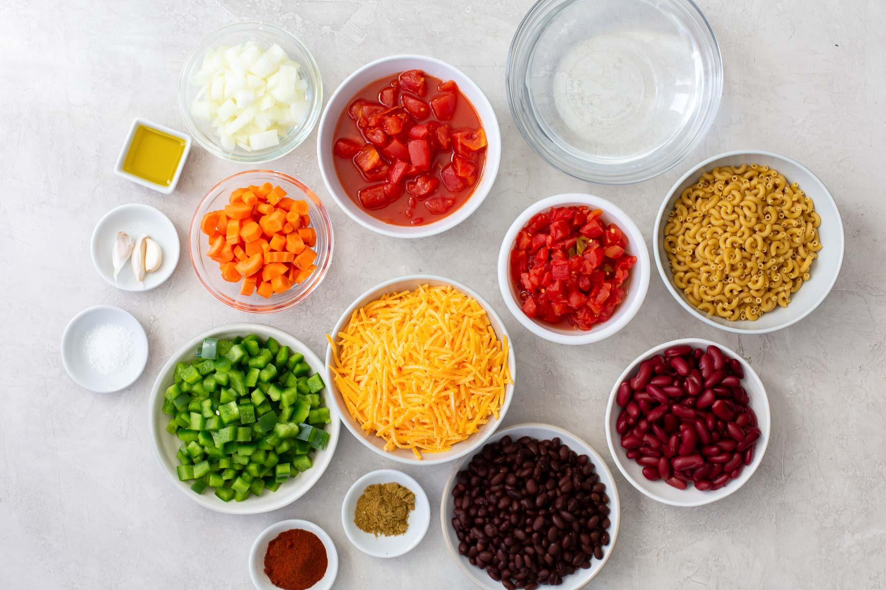 ingredients for vegetarian chili mac