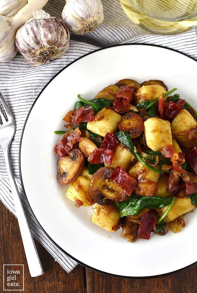 Gnocchi-with-Spinach-Mushrooms-and-Crispy-Prosciutto-iowagirleats-02