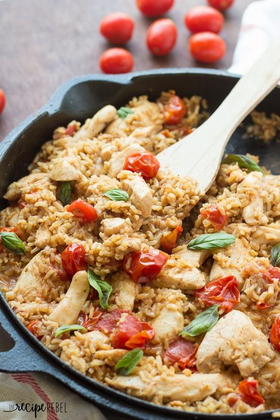 One-Pot-Caprese-Chicken-and-Rice-www.thereciperebel.com-6