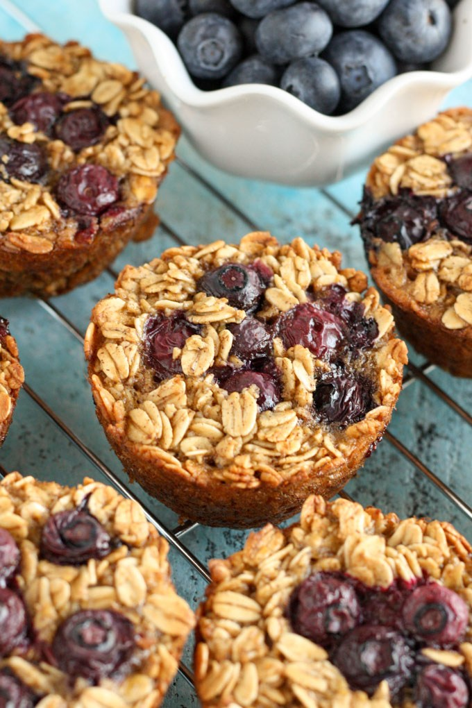Baked-Blueberry-Oatmeal-Cups-3