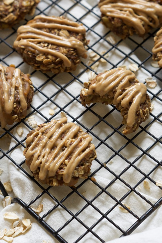 Chia-Seed-Peanut-Butter-Banana-Breakfast-Cookies-2