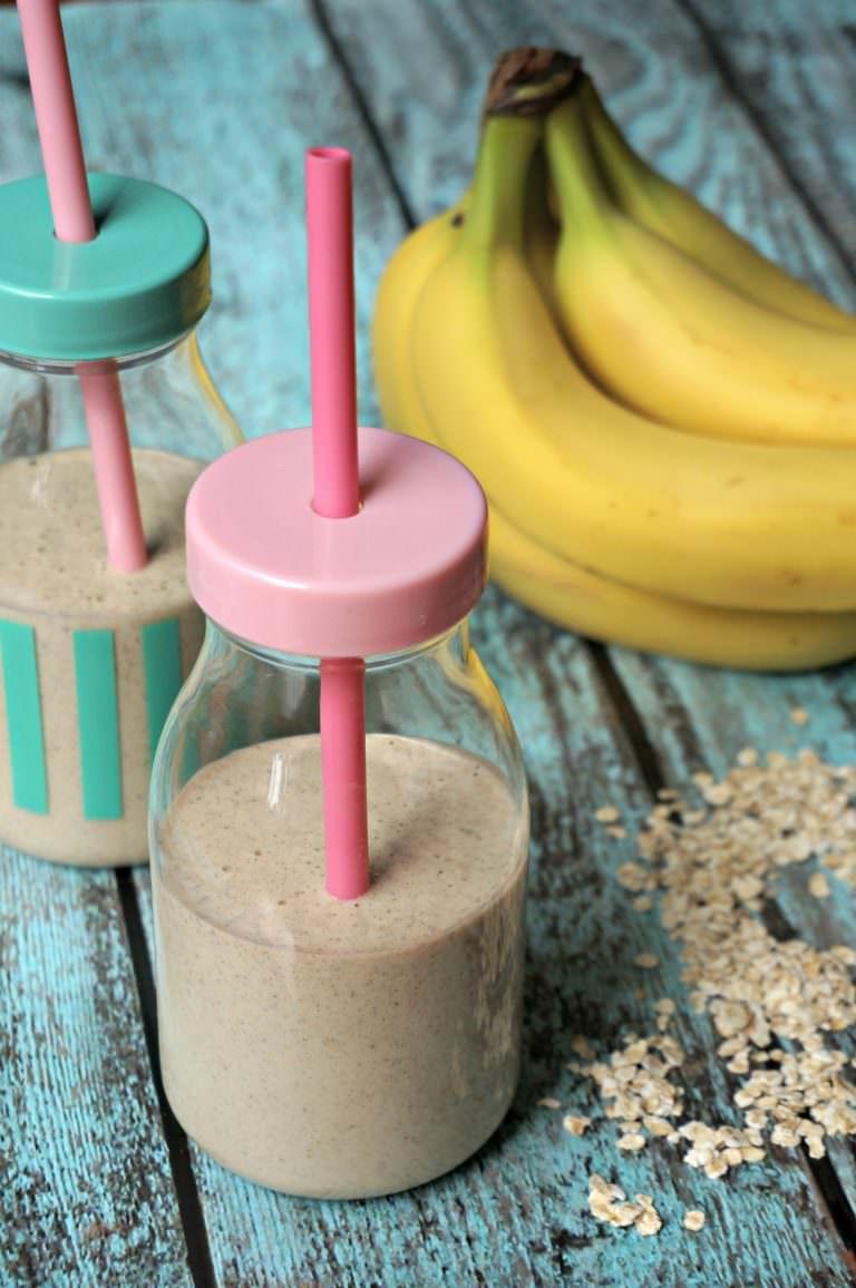 honey-banana-oat-smoothie-for-kids-4-768x1156