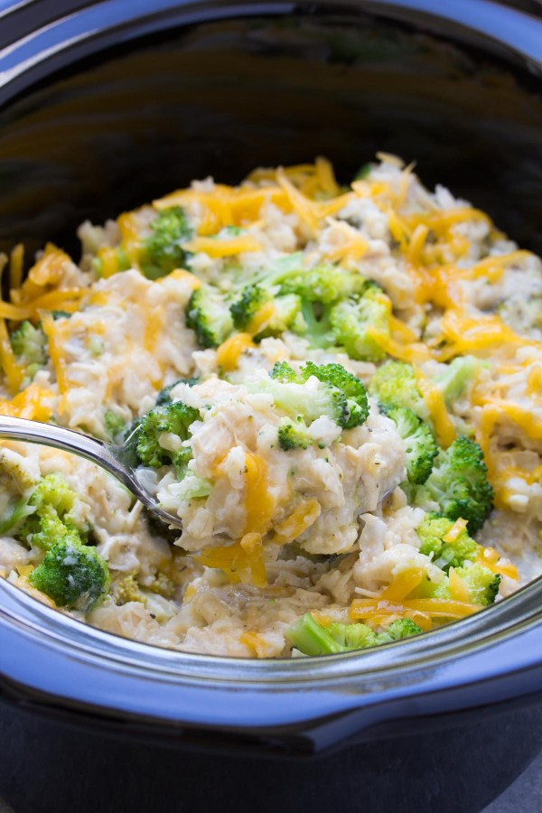 Best Ever Cheesy Slow Cooker Chicken Broccoli and Rice Casserole! Only 10 minutes prep time!   www.kristineskitchenblog.com