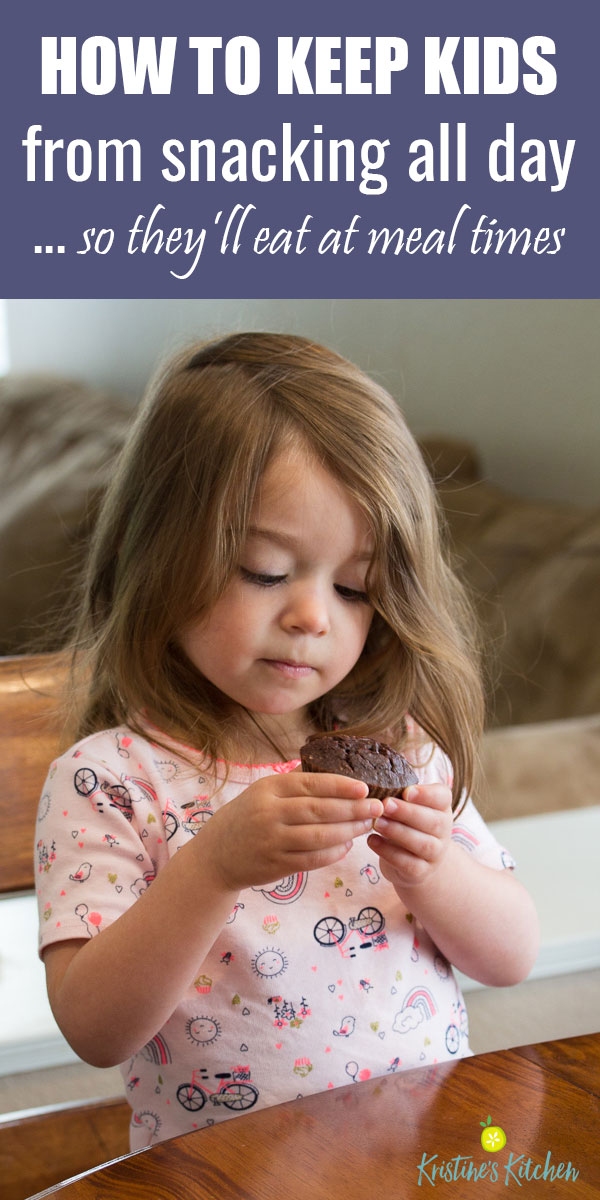 How to stop kids from snacking all day. Simple ways to encourage healthy eating at meal times.