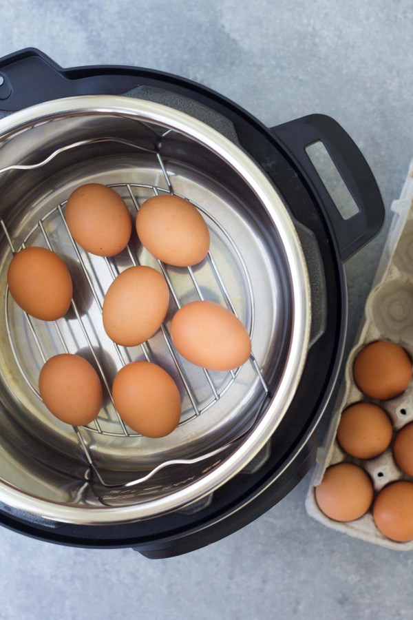 These Easy Peel Instant Pot Hard Boiled Eggs are so simple to make! They are a great healthy meal prep option for breakfasts, snacks and lunches. This post also includes how to make Instant Pot/electric pressure cooker soft boiled eggs.