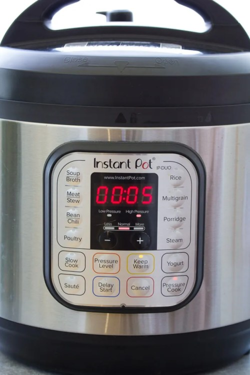 Instant Pot water test steps: Display shows 5 minutes.