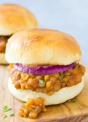 lentil sloppy joe sandwich with onion