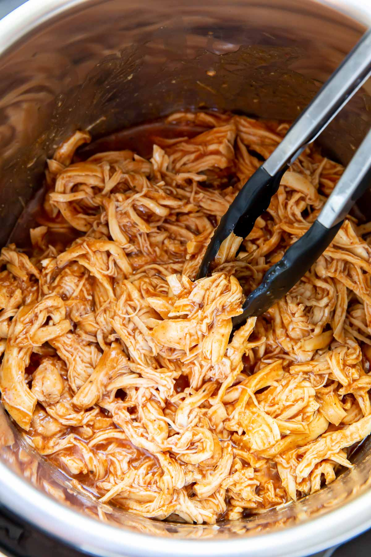 pulled chicken in instant pot with bbq sauce
