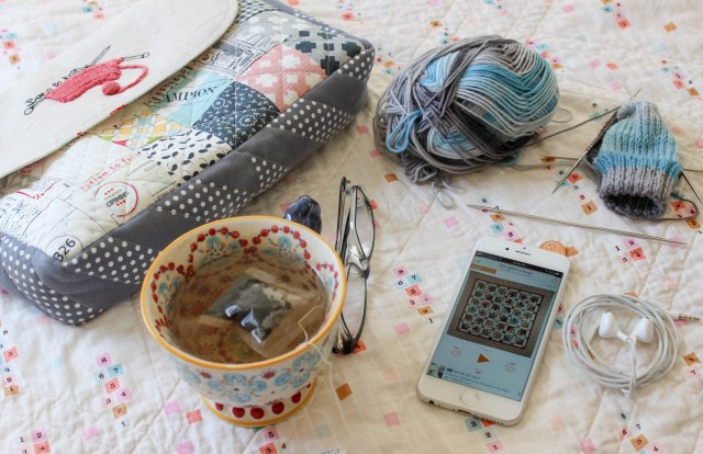 knitting, knit picks, knitting project bags, podcasts, tea
