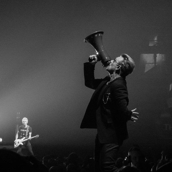 Bono 2 at U2 concert Belfast 18 Nov 2015