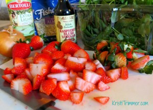 Strawberry Spinach Salad Step 1
