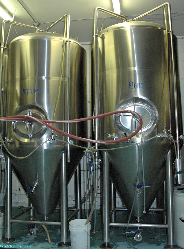Kenai Rivers Brewery - Daphne & Fiona
