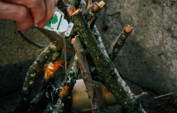 Hand Sanitizer Fire Starter Hack #camping #campfire #campinghack #campinglife