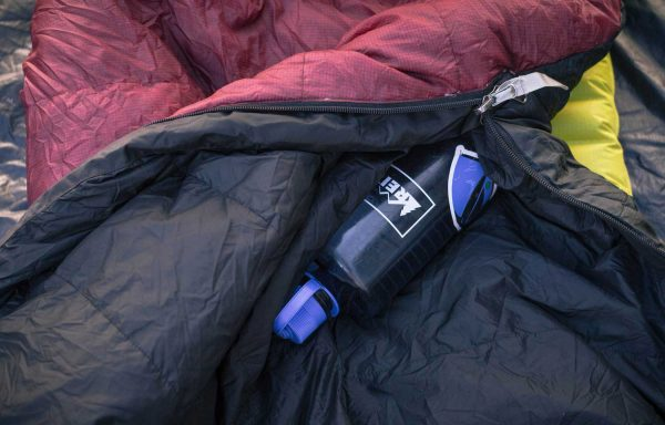 Camping hack - staying warm. Easy and effective! #camping #camplinglife #campinghacks #camplife